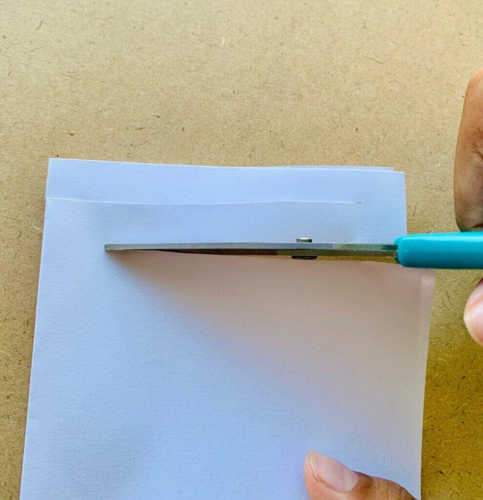 Cut paper at equal width
